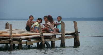 Children in Guna Yala, Panama